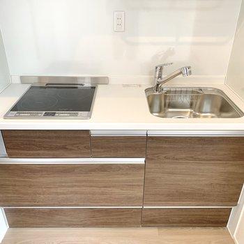 IH2つのキッチンはお掃除楽ちんです。※写真は前回募集時のものです