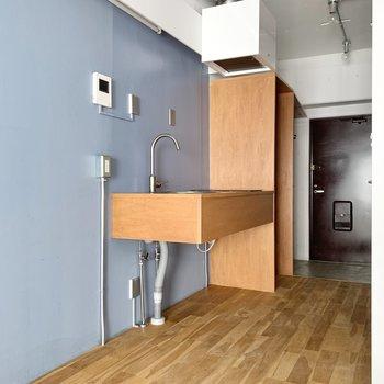 キッチンの下は、収納スペースとしてご利用ください。