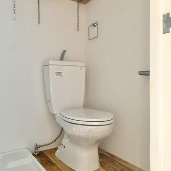 その隣はトイレです。