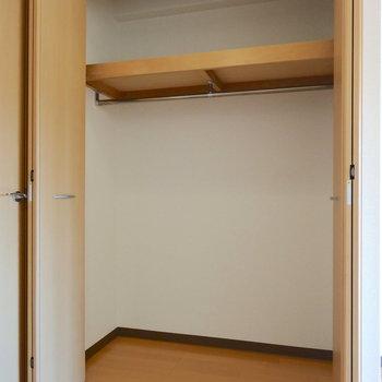 居室にはがばっと収納!(※写真は9階の反転間取り別部屋のものです)