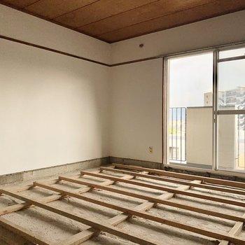 【工事中】6帖の洋室も同じくフロアタイルへ変身予定!