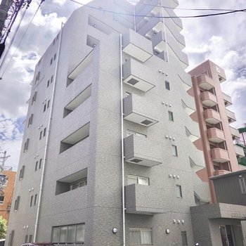 10階建てマンションの8階です。