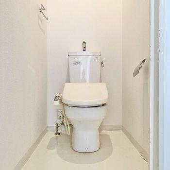 ウォシュレット付きのトイレでした!