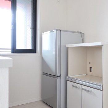 キッチンスペースもゆとりがあります(※写真は12階の同間取り別部屋、モデルルームのものです)