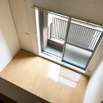 お部屋を上から覗いてみました。高いぞー!(※写真は1階の反転間取り別部屋のものです)