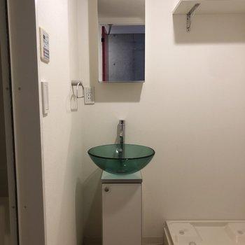 洗面台はスタイリッシュに。※写真は前回募集時のものです
