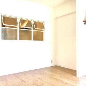 どんなテイストの家具を置いても素敵になりそうな予感