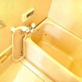 お風呂の柄も個性的でユニーク