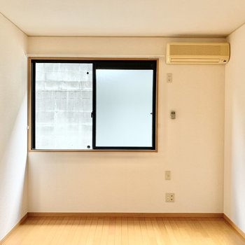 【東側洋室】寝室として使えそうです。
