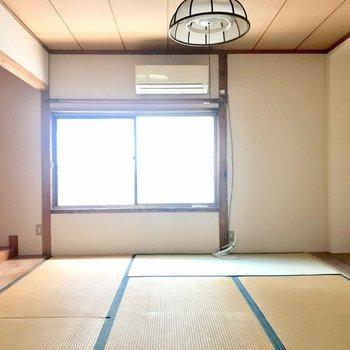 【2F和室6帖】昔ながらの和室です!気兼ねなくごろんとできる貴重なお部屋だ〜。