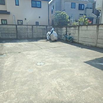 駐車場の空き状況は内見時にお確かめください。