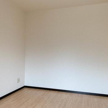 【洋室6J】収納部屋のようなサイズ感