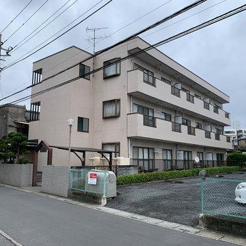 3階建てのマンション