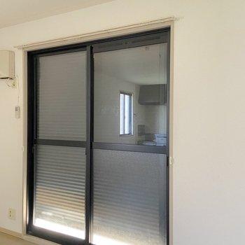 【LDK】窓にはシャッターがついていました。