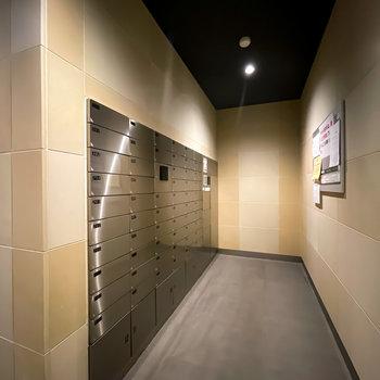 メールボックスや宅配ボックスもスタイリッシュ。