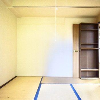 和室だけど、青を使うことでどこか洋風な雰囲気も感じ取れますね。