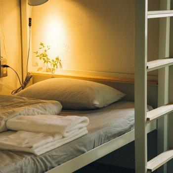 コンセント付きで嬉しい!お部屋は2~5階のいづれかをご案内予定です。