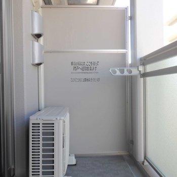 洗濯物が外から見えないバルコニー。(※写真は5階の同間取り別部屋のものです)