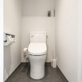 バス・トイレ別となっております。