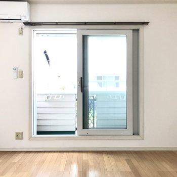 正方形に近いから、家具の位置も自然と決まりそう(※写真は1階の反転間取り別部屋のものです)