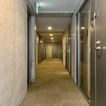 【2階共用廊下】