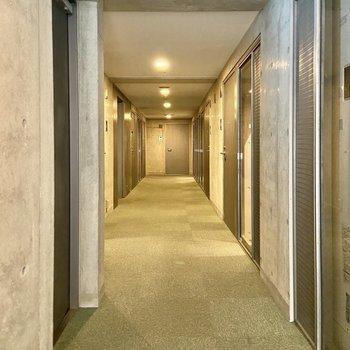 【3階共用廊下】