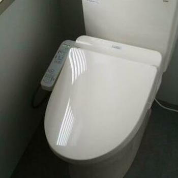 4階のトイレです