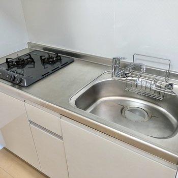 【LDK】シンクも広く、洗い物もしやすそう。