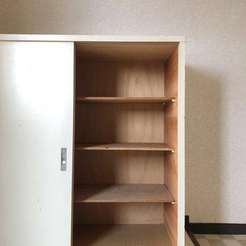 靴箱はたくさん入りそうです。上に鍵や小物を置いても良さそう。(※写真は6階の同間取り別部屋のものです)