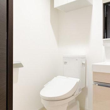 トイレと脱衣所が同室です※写真は2階の同間取り別部屋のものです