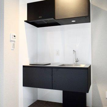 システムキッチンですよ♪(※写真は3階の同間取り別部屋のものです)