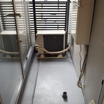 洗濯機はこちらに。(※写真は3階の同間取り別部屋のものです)