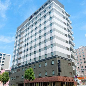 昨年建てられたホテルです!