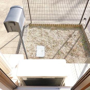 1階には専用庭付き。ちょっとした物置きスペースに。
