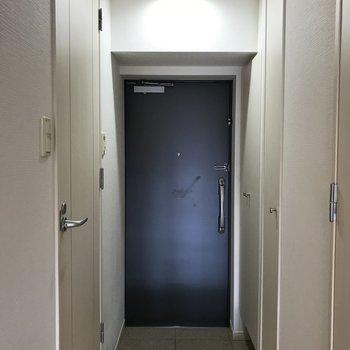 玄関にはゆったりとしたスペースがあります。