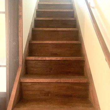 では、2階へ行きましょう〜。