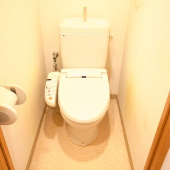 トイレにはウォシュレットが。