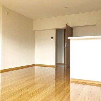 床がつるつるきれいだな!