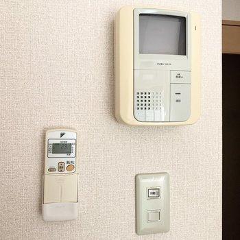 【設備】TVモニタ付きのドアホンです。