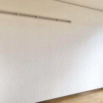【洋室①】フックも設置されています。