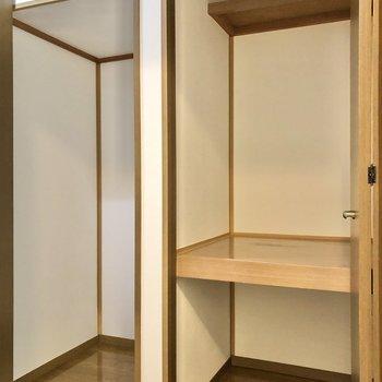 【廊下収納】普段使わないものやお掃除用具などを入れておこうかな。