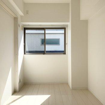 洋室の広さは5.4帖。