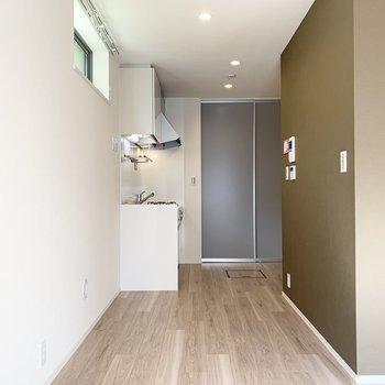ピカピカ新築のお部屋です。