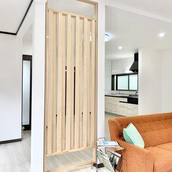 【LDK】大黒柱のようです。※家具はサンプルです