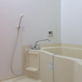 追焚付きのバスルームです。(※写真は5階の同間取り別部屋のものです)