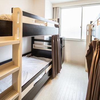 1室6名宿泊可能のお部屋です。