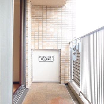 広さがしっかり確保されています。※写真と文章は11階の同間取り別屋のものです。