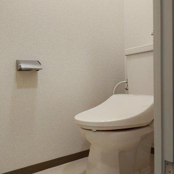 トイレは床下面積もあって使いやすそうです。
