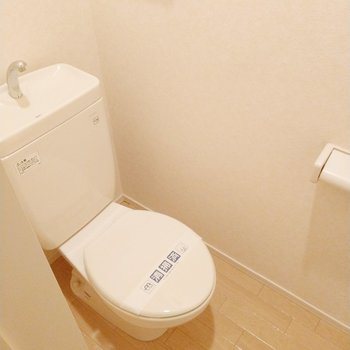 トイレもすっきり清潔。