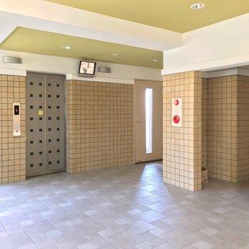 1階には防犯カメラもあります。